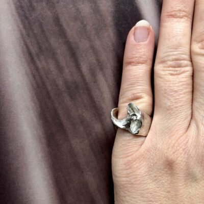 Coquille silver ring